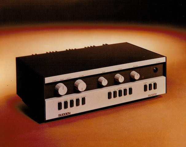 A48II AMPLIFIER BLACK & SILVER WS